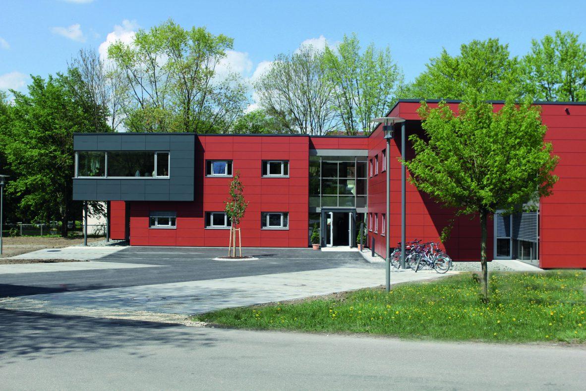 Neubau der Psychiatrischen Institutsambulanz in Holzbauweise, Bezirkskrankenhaus Günzburg, Foto: Bezirkskliniken Schwaben.