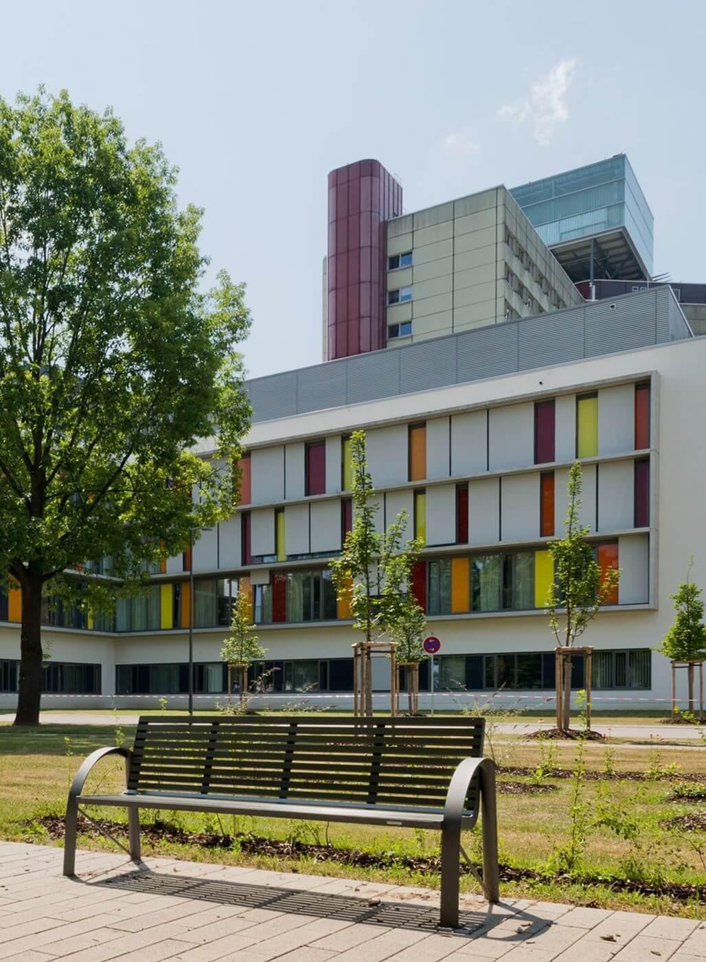 Außenansicht Kinderklinik Augsburg