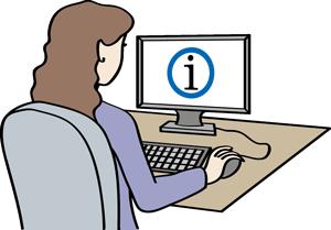 Frau informiert sich im Internet