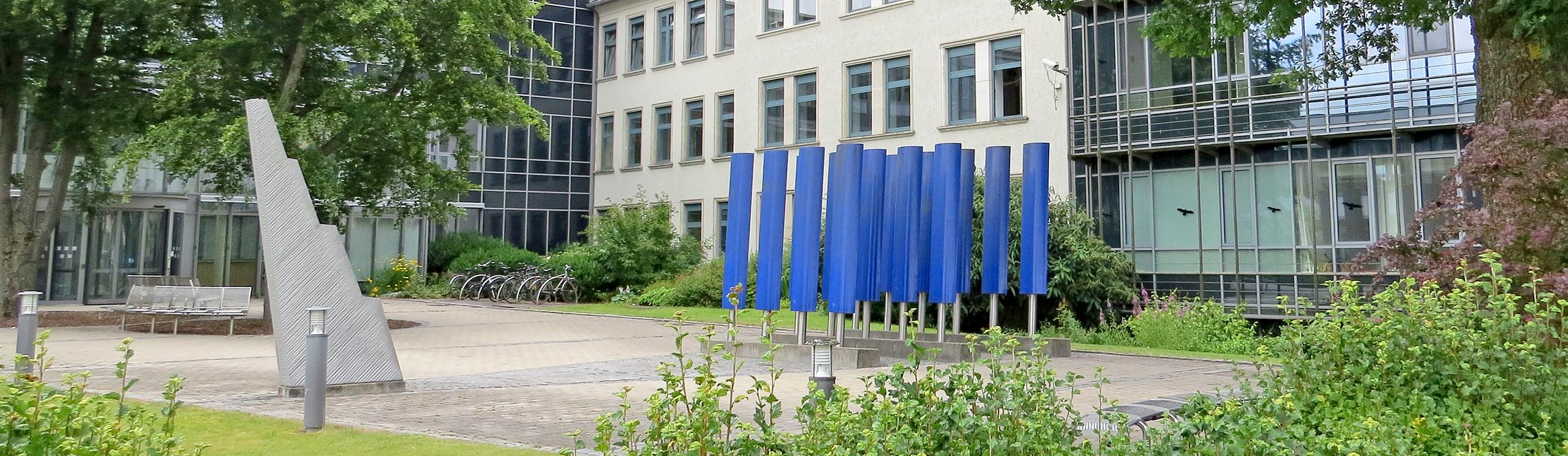 Eingang Landesamt für Pflege in Amberg