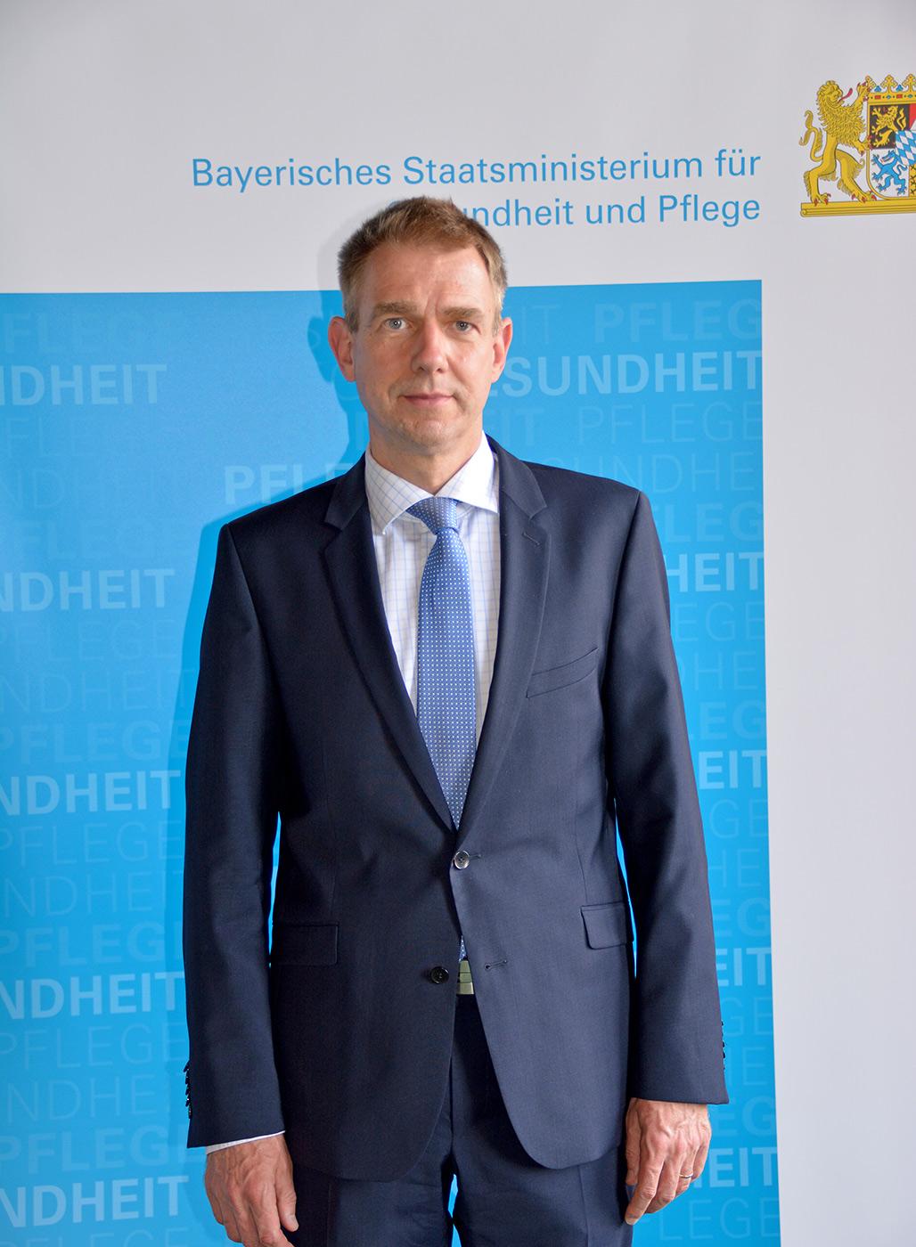 Dr. Joachim Hellemann, Mitglied der Bayerischen Ethikkommission für Präimplantationsdiagnostik