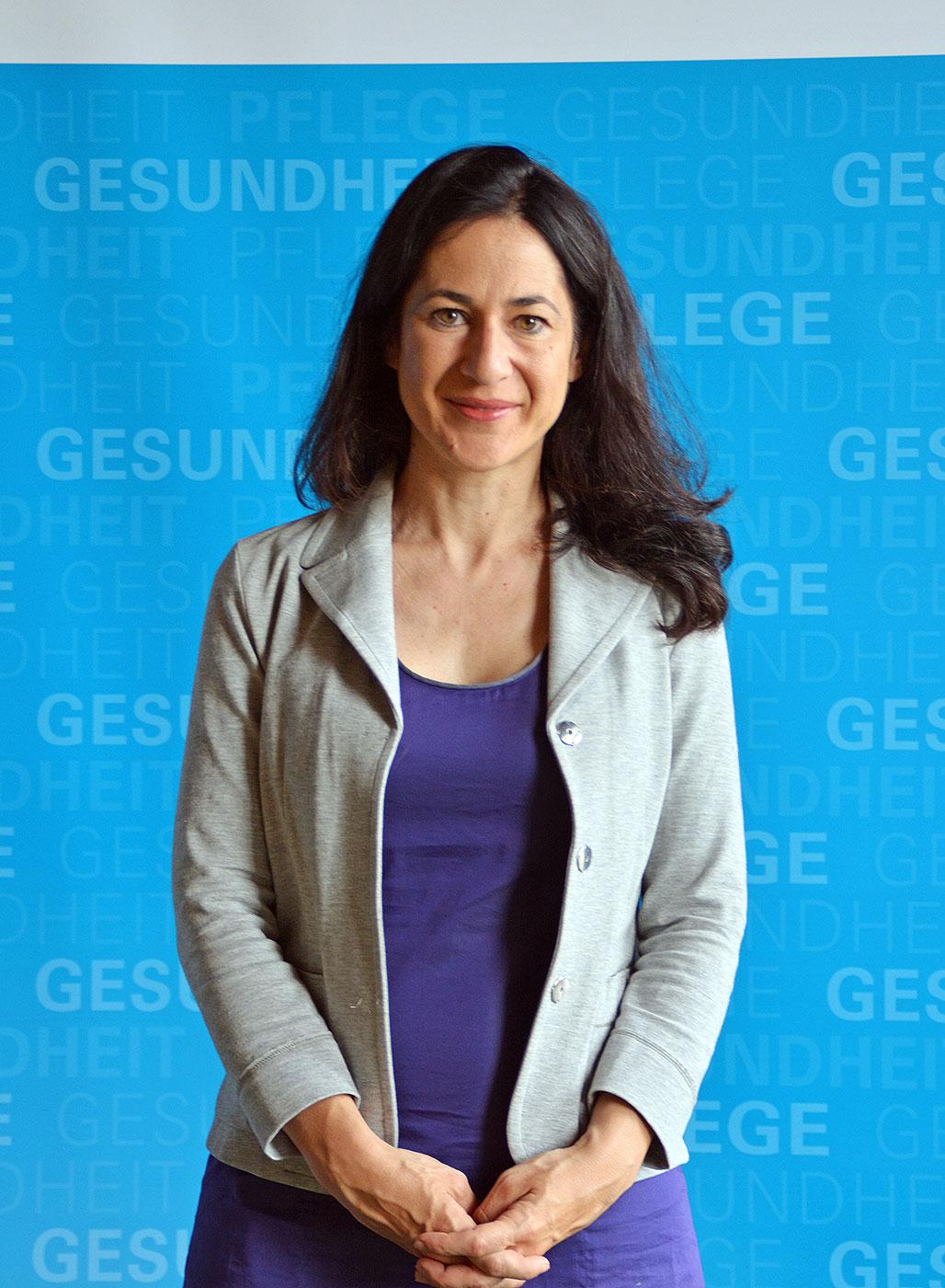 Dr. Orsolya Friedrich, Mitglied der Bayerischen Ethikkommission für Präimplantationsdiagnostik