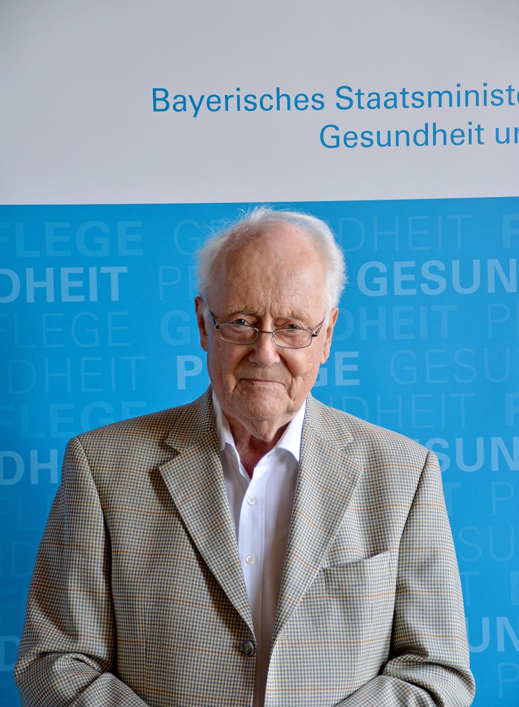 Prof. Gerhard H. Schlund, Mitglied der Bayerischen Ethikkommission für Präimplantationsdiagnostik
