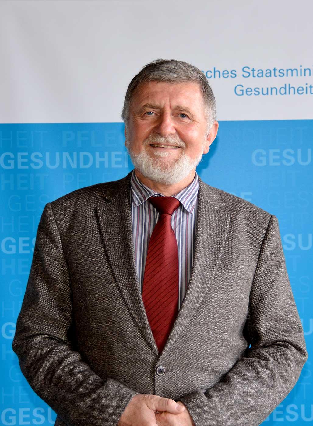 Prof. Josef Bäuml, Mitglied der Bayerischen Ethikkommission für Präimplantationsdiagnostik