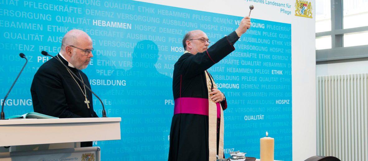 Eröffnung am 20. September 2018: Zum Abschluss der feierlichen Stunde gaben die Vertreter der katholischen und evangelischen Kirche ihren Segen.