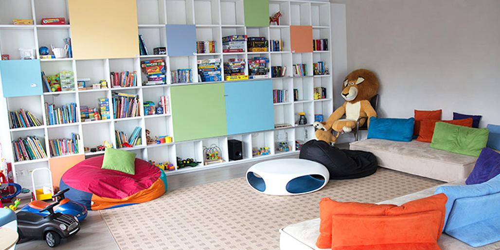 Wohnzimmer im Kinderpalliativzentrum der Uniklinik München