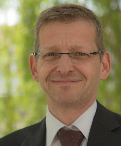 """Dr. Bernhard Opolony, einer der Referenten der virtuellen Jahrestagung zur Hospiz- und Palliativversorgung """"In Würde – vernetzt – sichtbar"""" am 28. April 2021"""